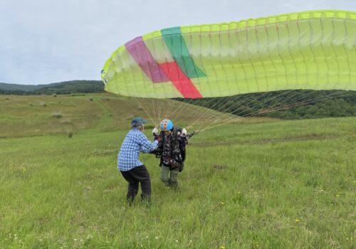函館七飯ゴンドラ「パラグライダー体験と天空のランチパック」